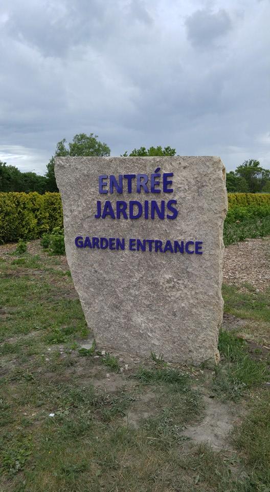 Exterior raised plexi letters...Champs des Reves